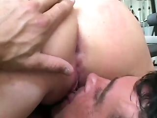 Horn-mad MILFie slut Tyla Wynn gets twat licked during MFF 3some