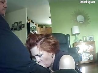 Old submisse wife blows a cock real
