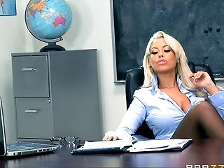 Bridgette is one of those teachers who love the hard pussy drilling