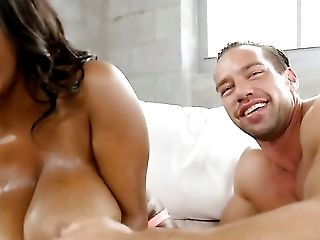Brunette cocoa squeezes the cum out of Johnny Castles fuck stick with her lips while giving mouth job