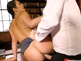 Jaw dropping babe Eva Lovia gets drilled well in the library