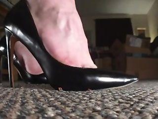 Babe, Barefoot, Brunette, Feet, POV, Trampling,