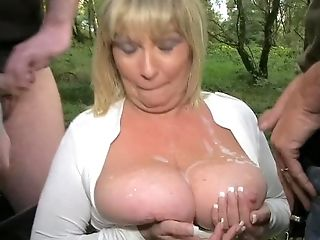 Killergram Dogging Slut Granny Alisha Rhydes sucks of strangers in a field