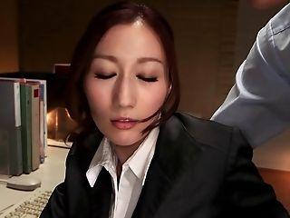 Naughty boss preys on his secretary throbbing the erotic dame hardcore
