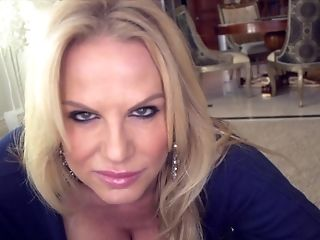 Great cock sucking experience with hot blonde Kelly Madison